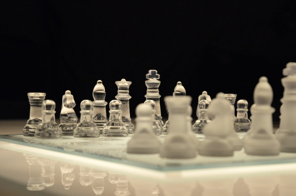 board-white-game-play-glass-recreation-1094841-pxhere.com.jpg